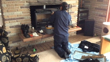 3 signs your fireplace needs to be repaired
