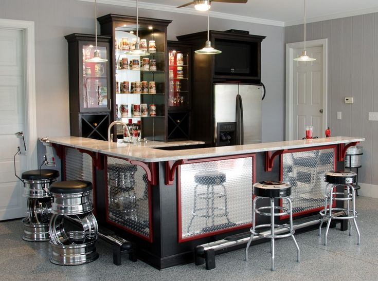 Ideas for Creating the Ultimate Basement Man Cave Picture 2