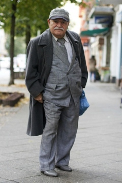 Style Tips for Men Over 60 Picture
